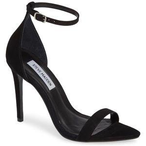 Like NEW STEVE MADDEN    9.5 Ankle Strap Sandal